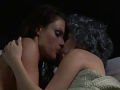 MILF making out unexperienced woman