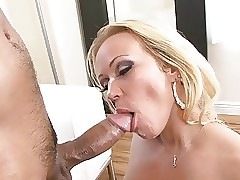 Curvy flaxen-haired MILF gets fucked fast by a fast Asian blarney