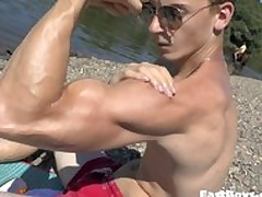 Handjob plus Open-air Flexing